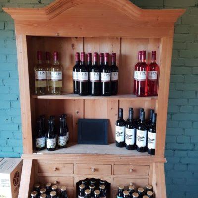 Biologische wijnen | Biologische assortiment Hooge Stoep | Biologische vlees en meer in de boerderijwinkel BoerenBeef Nieuw Balinge